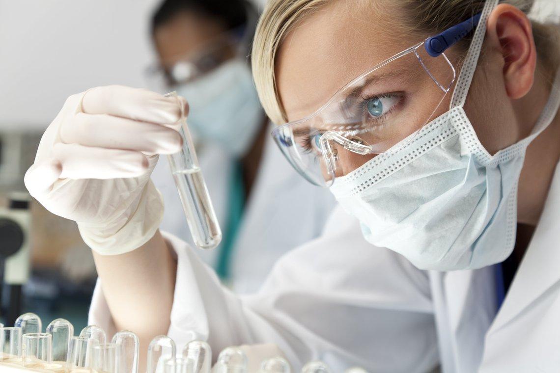femme-scientifique