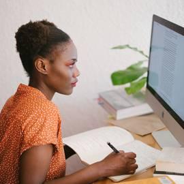 photo-of-woman-looking-on-computer-3059748.jpg